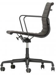 Aluminium Chair EA 117 ab 2.184,– €
