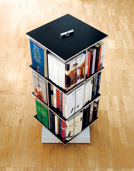 Buchstabler Bücherturm DVD-Regal