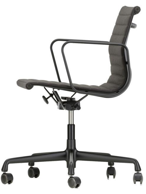 Aluminium Chair EA 117/119