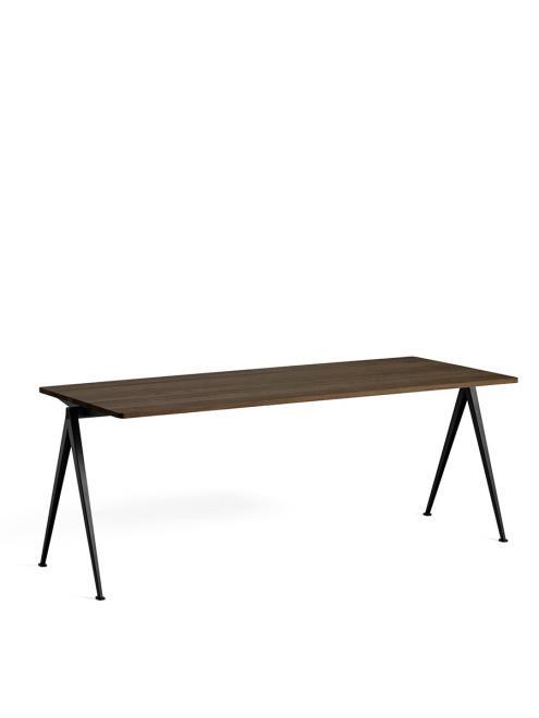 Tisch Pyramid 01