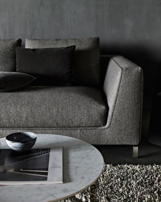 Sofa Ray mit großen Rückenkissen Edit 2812153 dunkelgrau