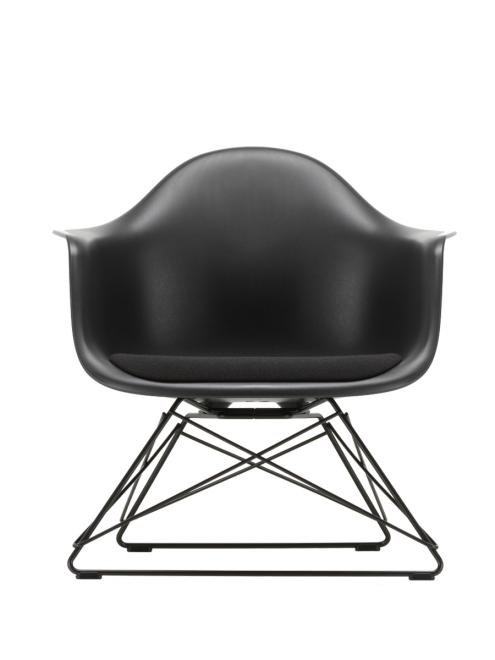 Eames Plastic Armchair LAR mit Polster